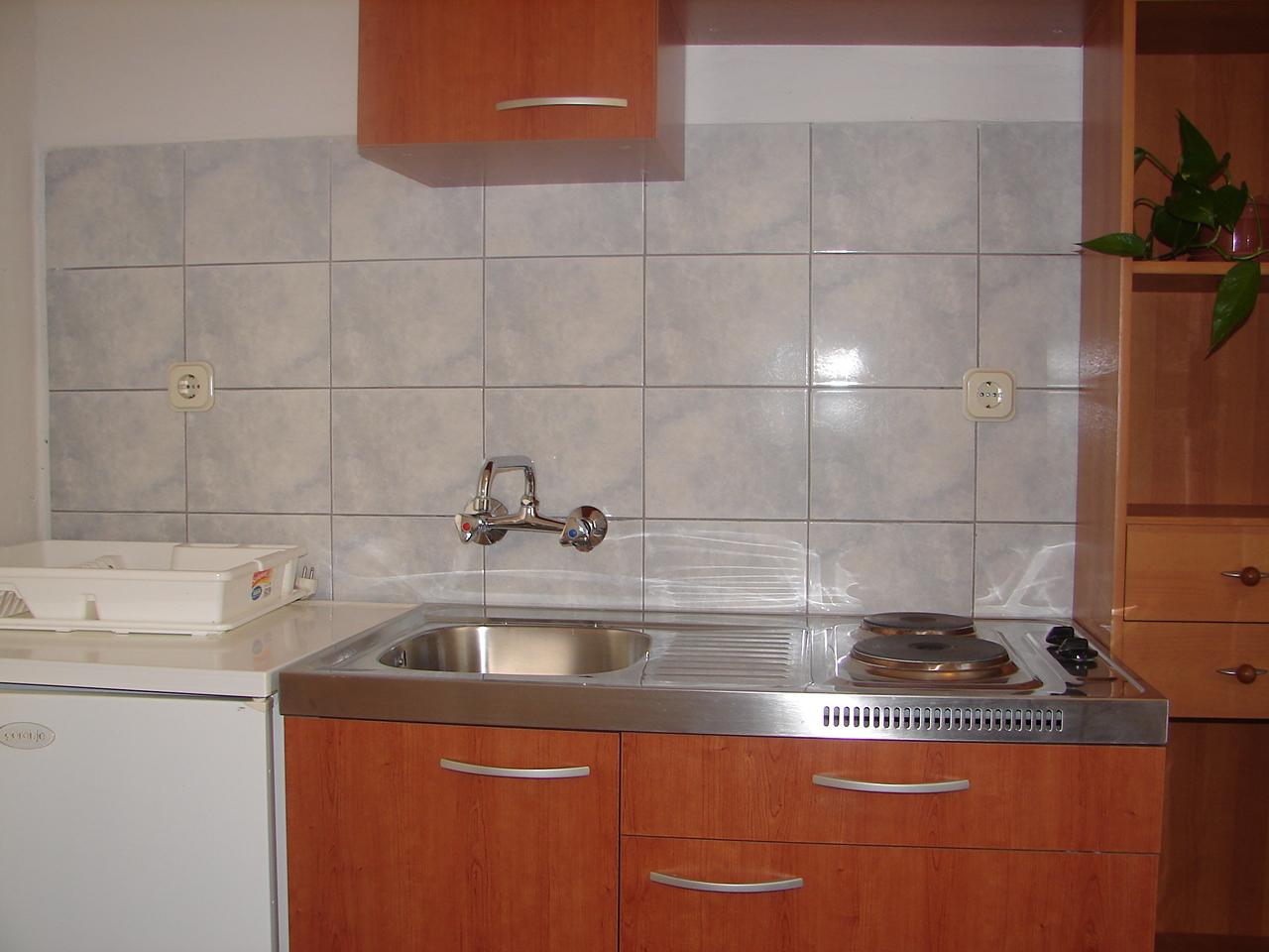 00217VIGA - Viganj - Appartamenti Croazia - A2(3): la cucina