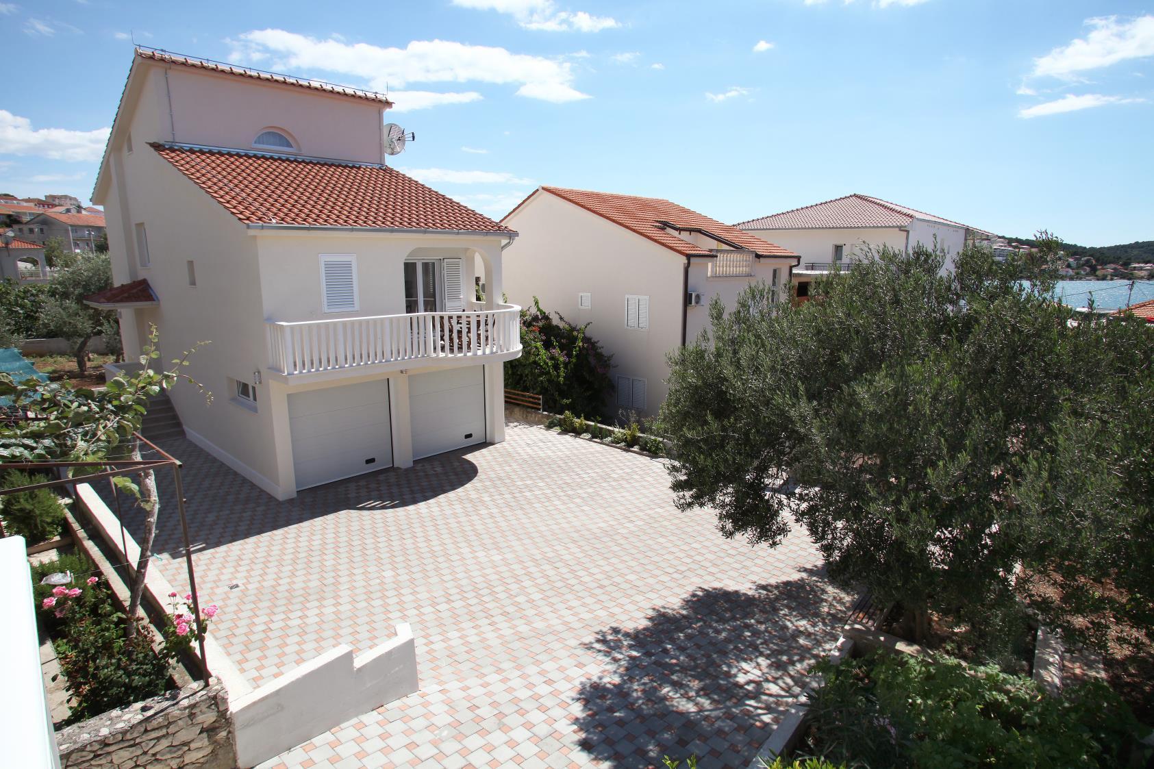 8182 - Okrug Gornji - Appartements Croatie