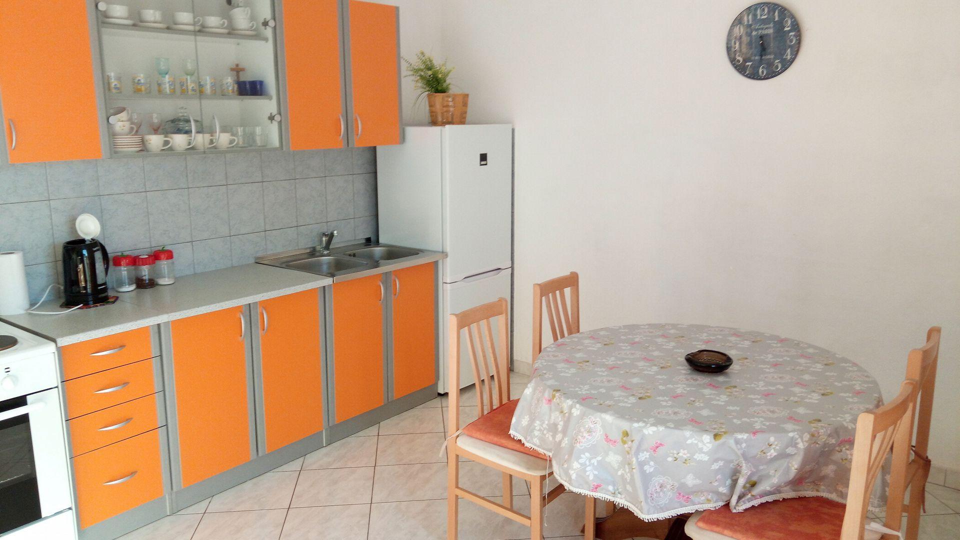 Marijica - Okrug Gornji - Ferienwohnungen Kroatien - A1(6): Küche und Speisezimmer