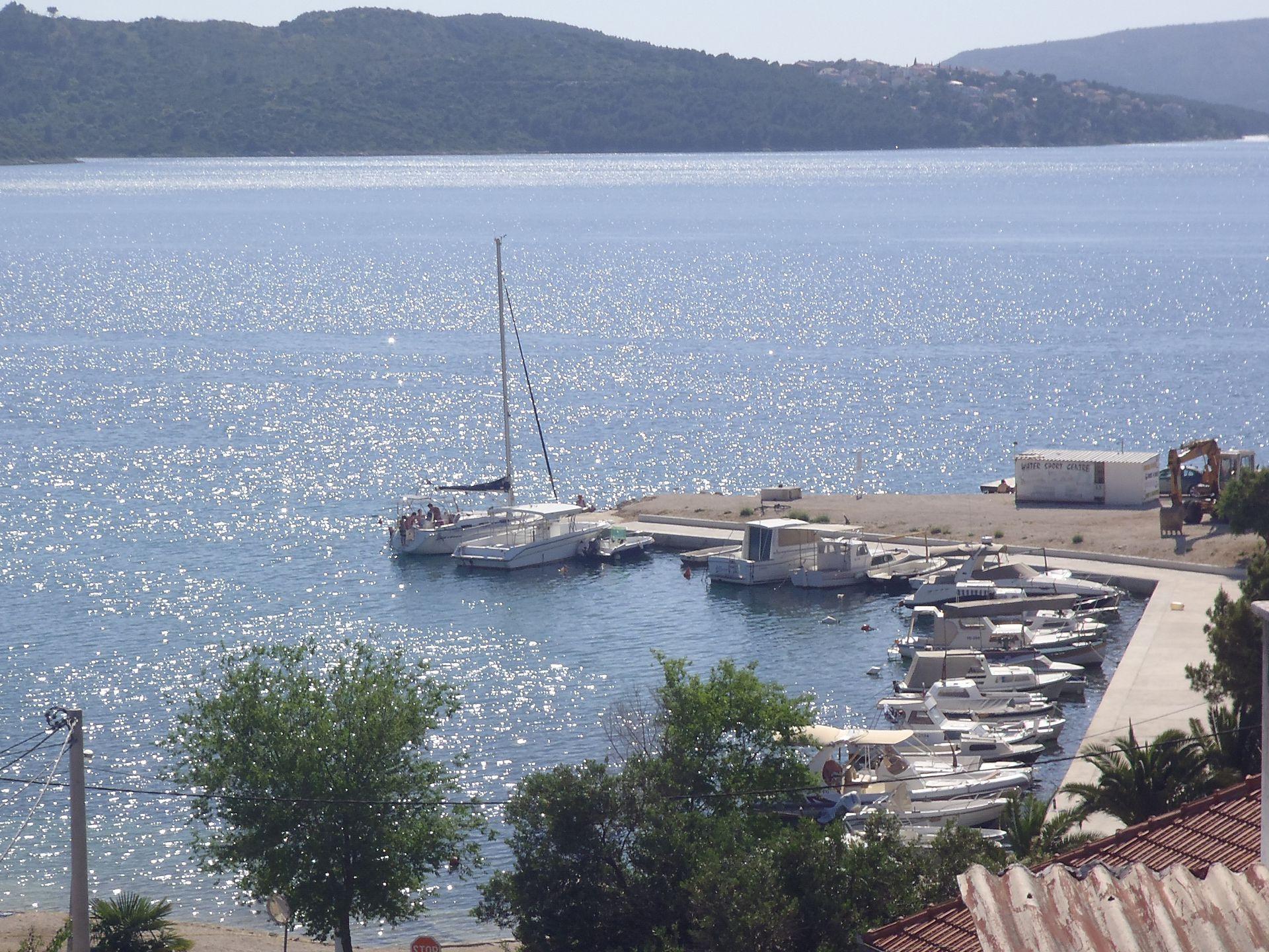 35306 - Okrug Gornji - Appartamenti Croazia - lo sguardo