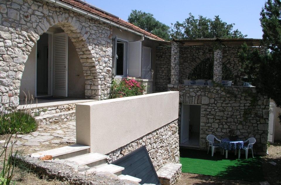 7238 - Palmizana - Holiday houses, villas Croatia