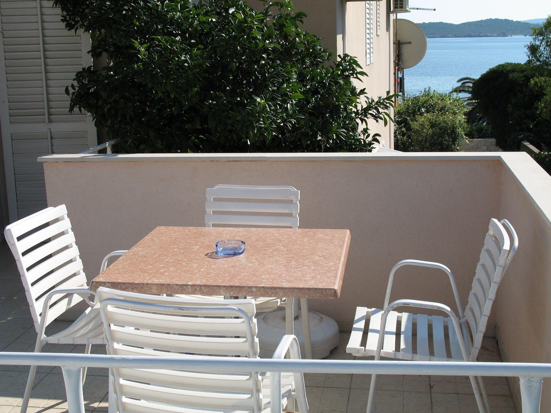 02017OREB - Orebic - Appartementen Kroatië - SA4(2+1): terras