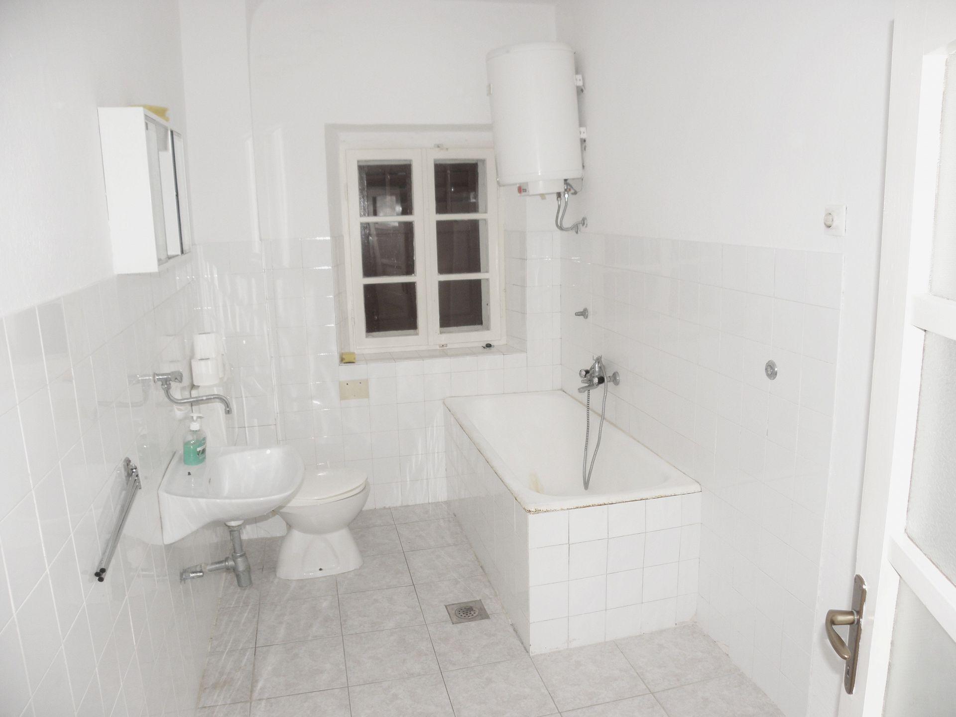 A3(2+2) bijeli: bathroom with toilet - Apartamenty  A3(2+2) bijeli 2902 - Wyspa Pag