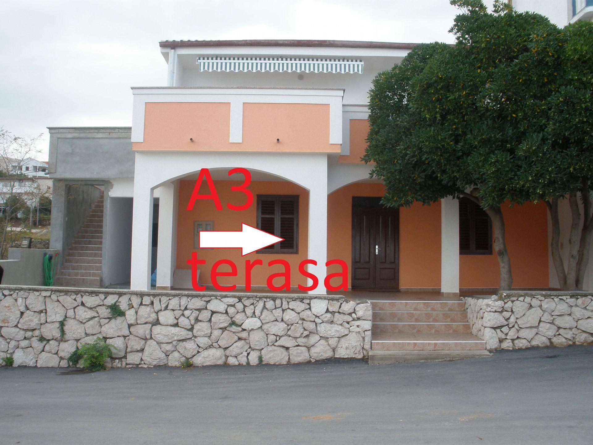 A3(2+2) bijeli: terrace