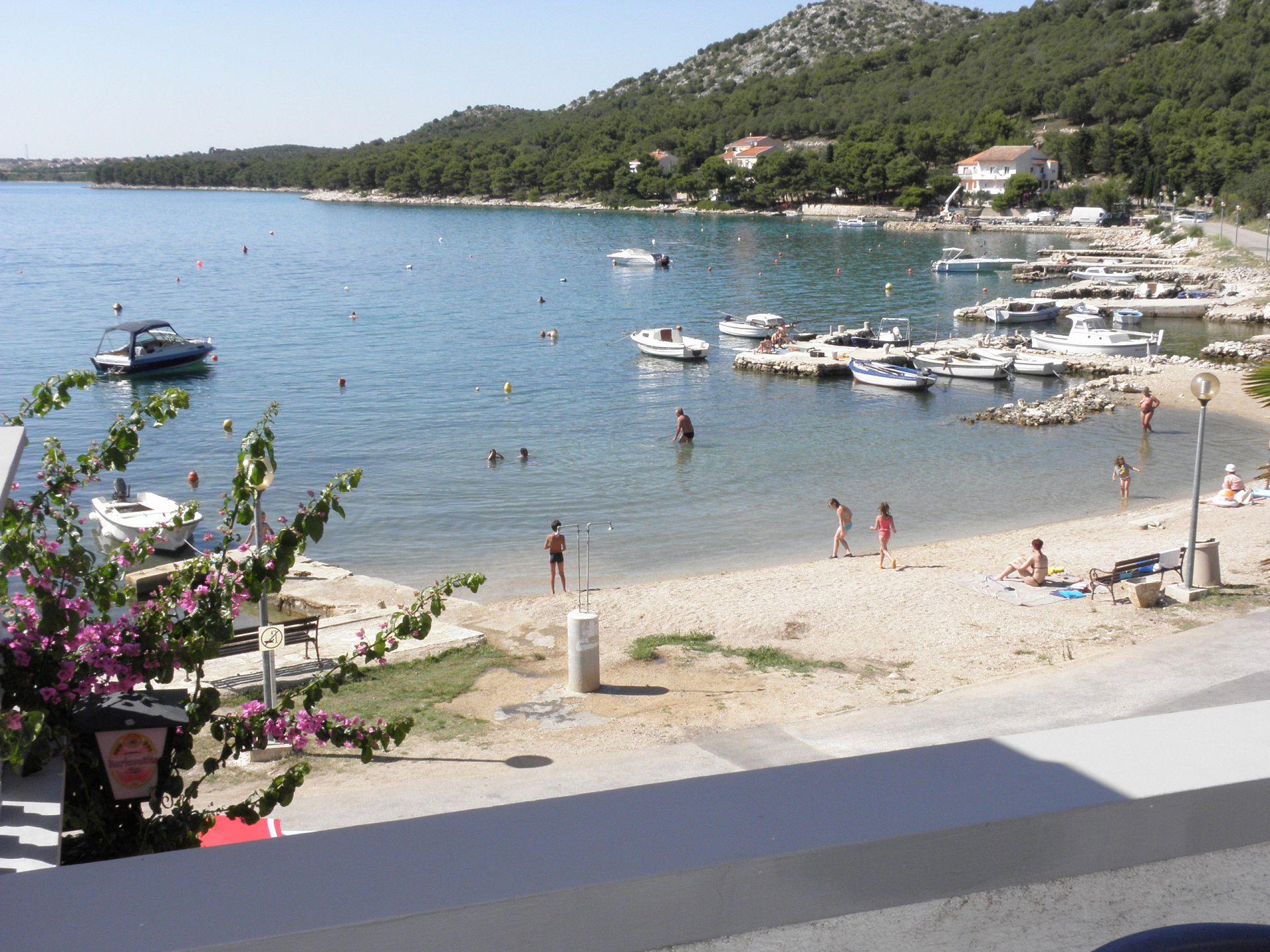 4554 - Drage - Apartmanok Horvátország - strand