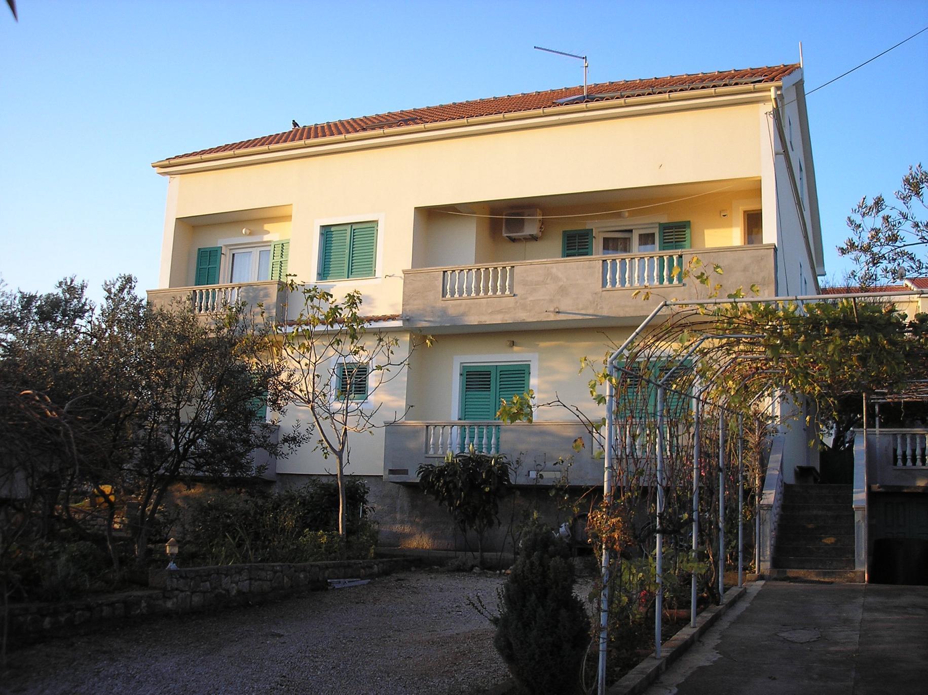 1697 - Tkon - Apartamenty Chorwacja