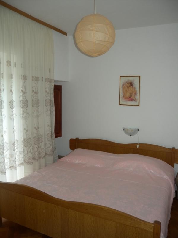 Per - Banjol - Appartementen Kroatië - A1(4): slaapkamer