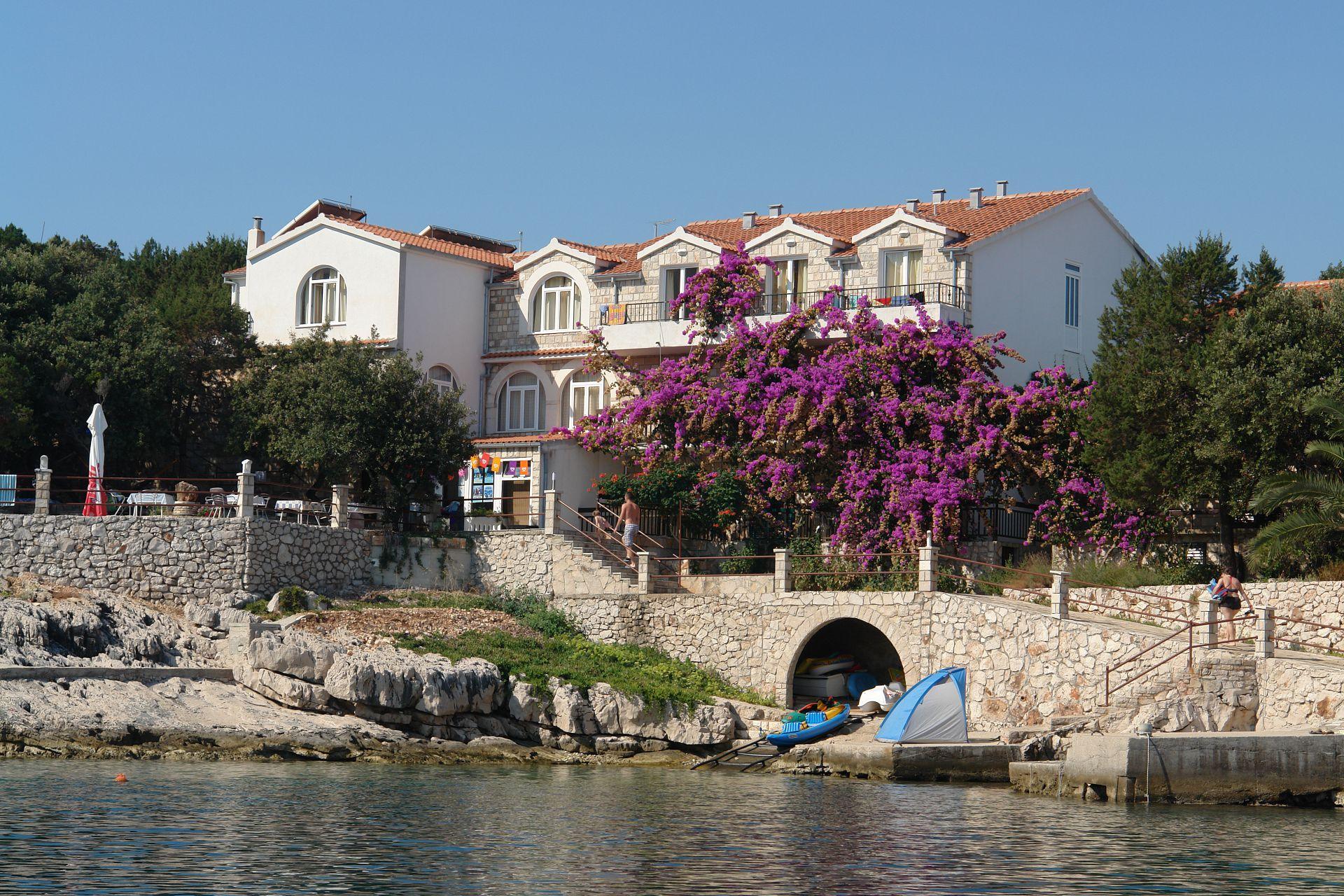 7973  - Zatoka Pokrivenik - Zakwaterowanie nad zatokami Chorwacja