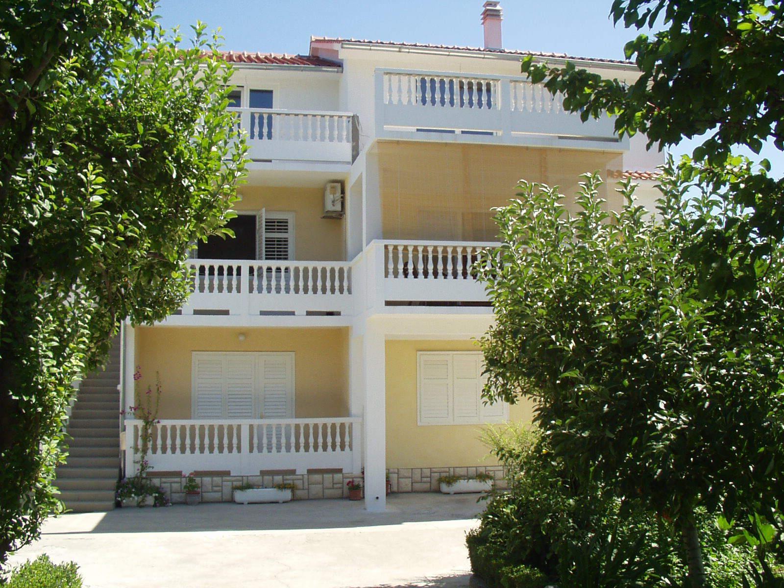 35515 - Supetarska Draga - Apartmaji Hrvaška