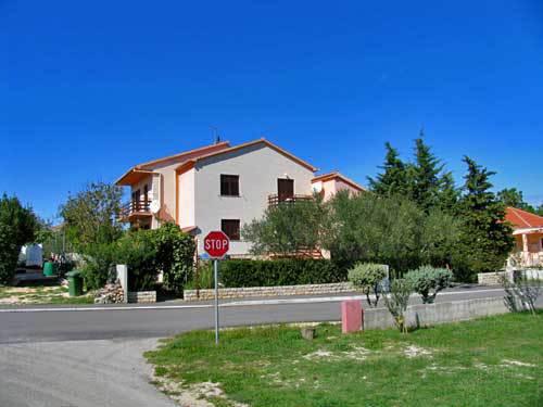 4407 - Nin - Apartmanok Horvátország