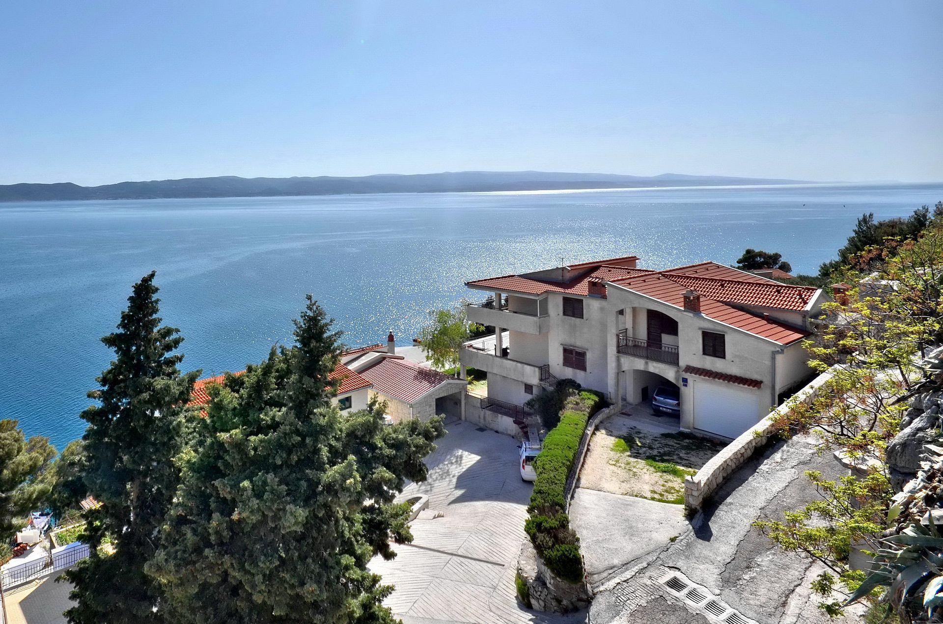 Goran - Brela - Apartments Croatia