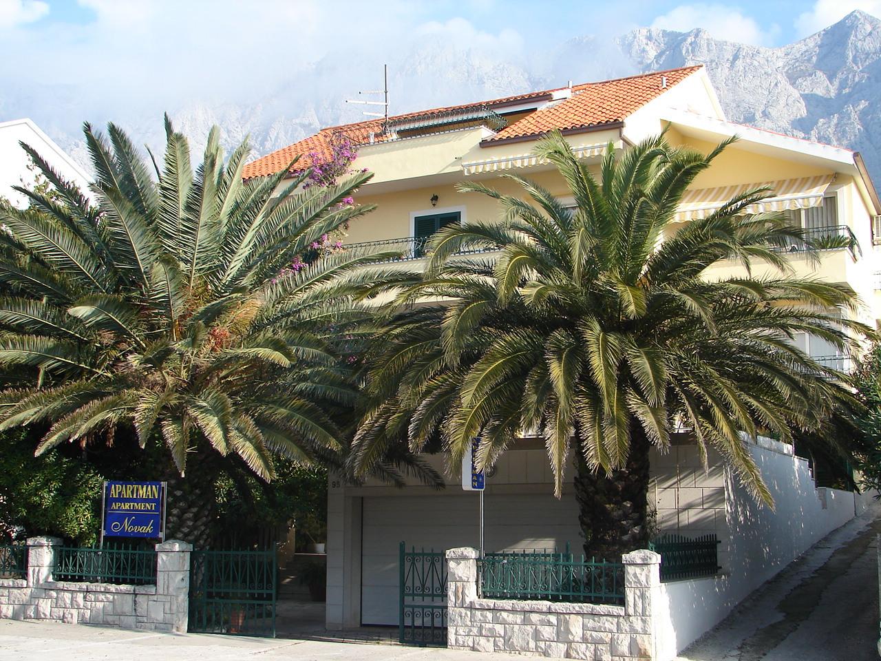 00713MAKA - Makarska - Apartments Croatia