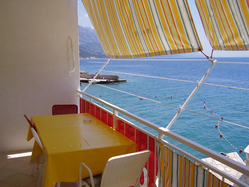 5257  - Pisak - Ferienwohnungen Kroatien - A1 KAT (2+2) : Aussicht vom Terasse