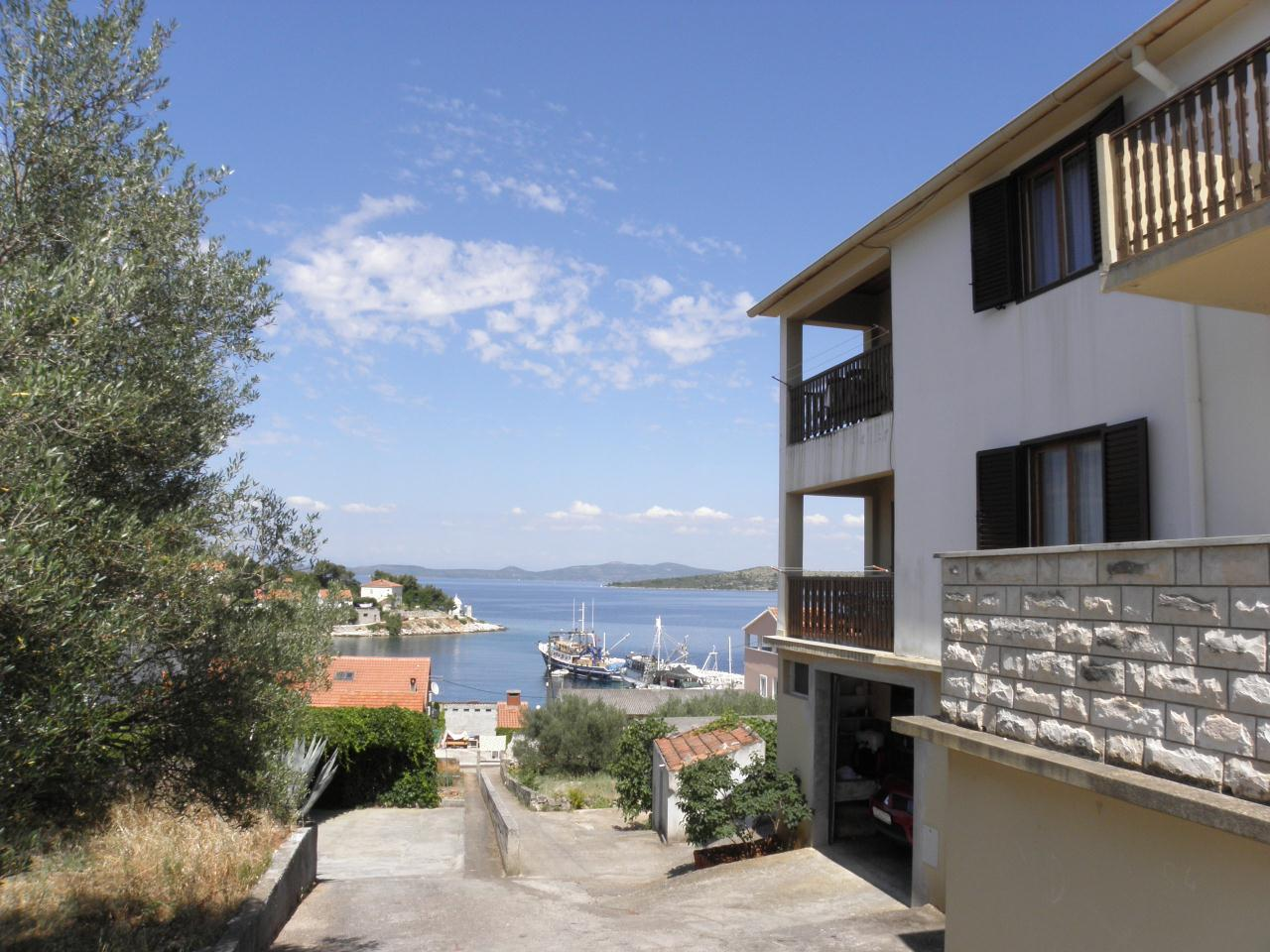 2620 - Sali - Apartments Croatia
