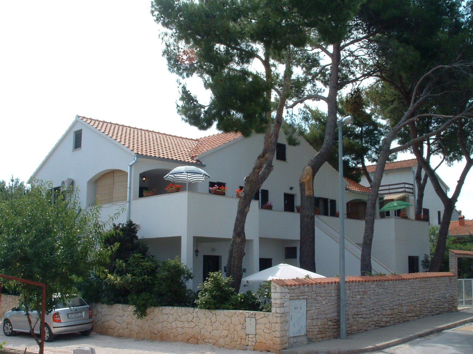 Apartments, Mirca, Island of Brač - Apartments  Dinka