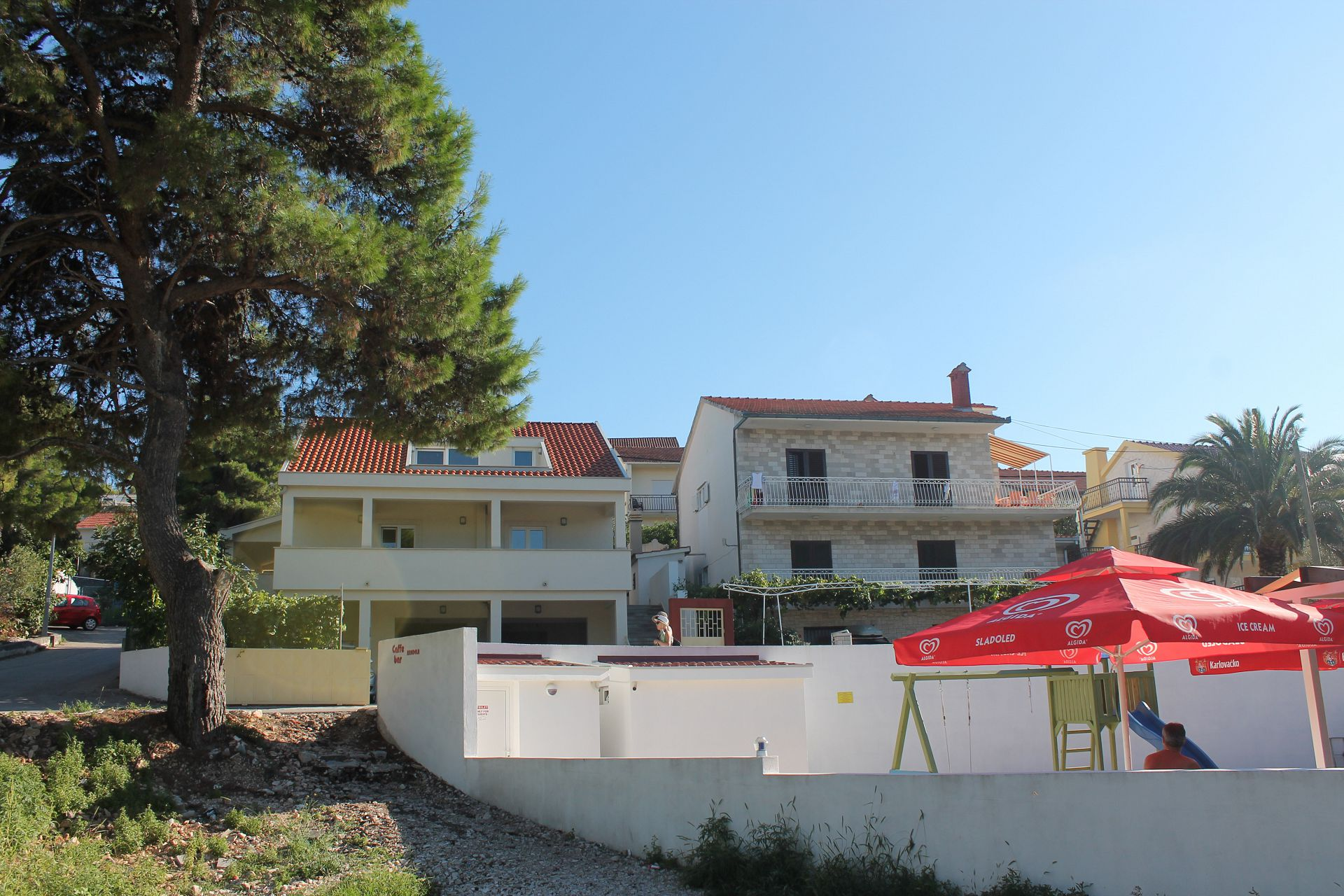 Bela2 - Mastrinka - Appartementen Kroatië - huis