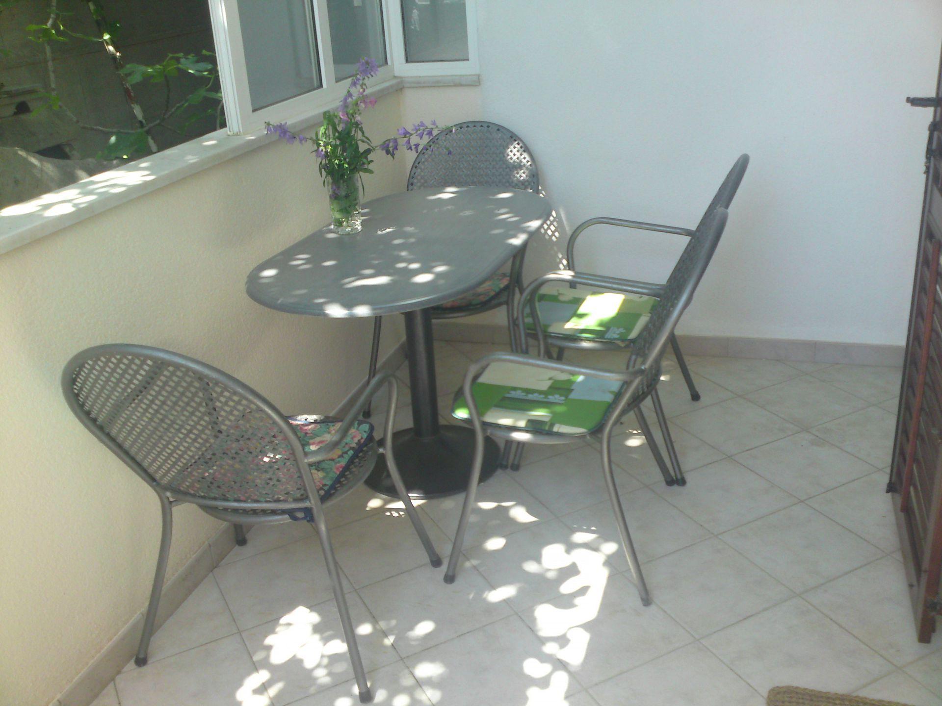 00209PISA  - Pisak - Ferienwohnungen Kroatien - A4 (2+2): Terasse