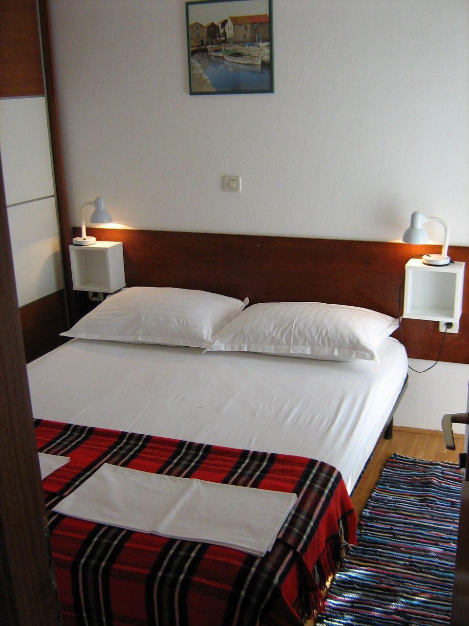 00209PISA  - Pisak - Ferienwohnungen Kroatien - A5 (2+2): Schlafzimmer