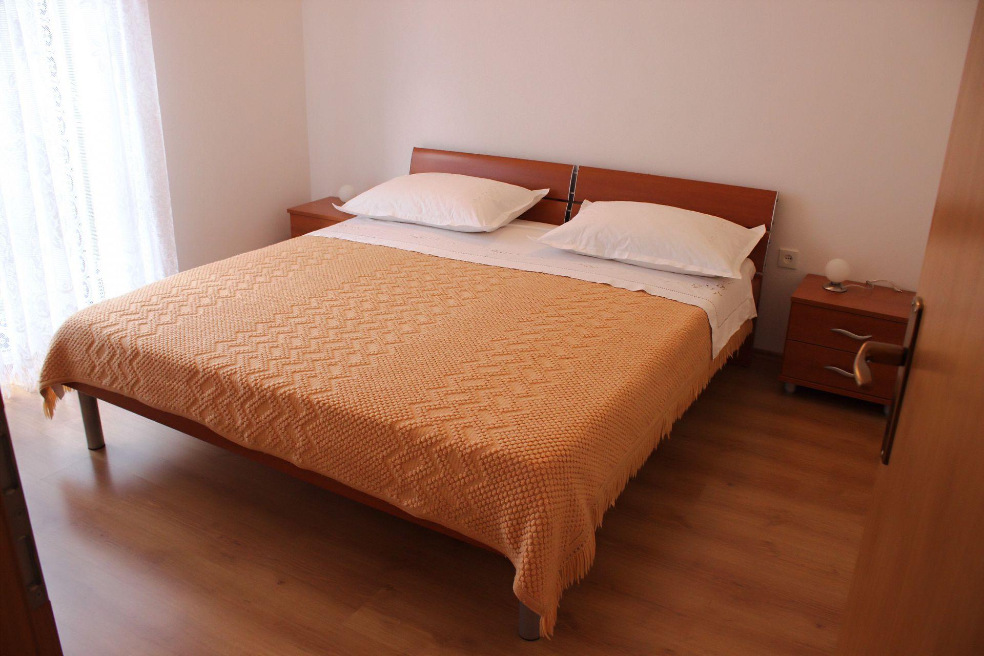 35506 - Mirca - Appartamenti Croazia - A(4+1): la camera da letto