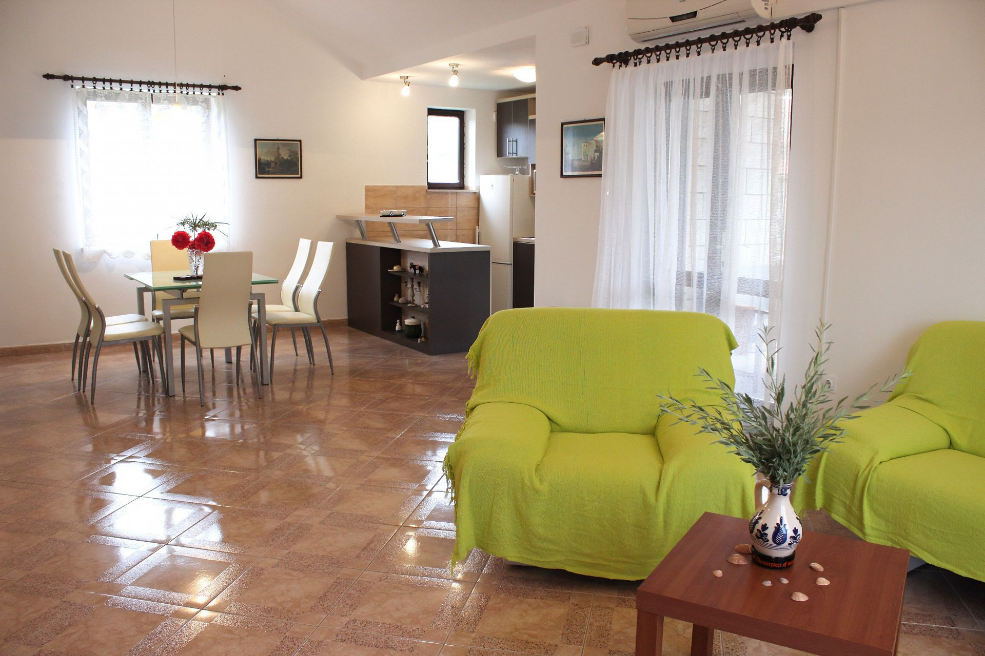 35506 - Mirca - Appartamenti Croazia - A(4+1): il soggiorno