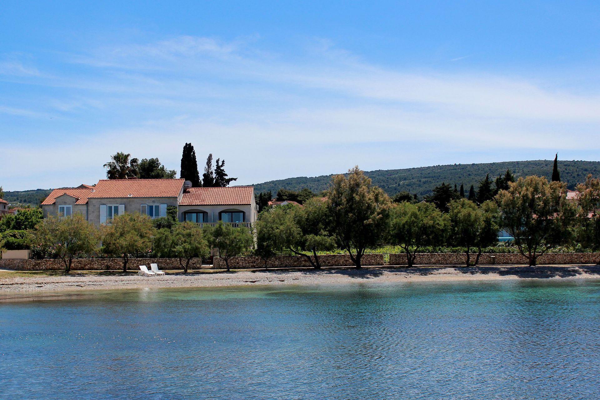 6018 - Mirca - Domy wakacyjne, willy Chorwacja
