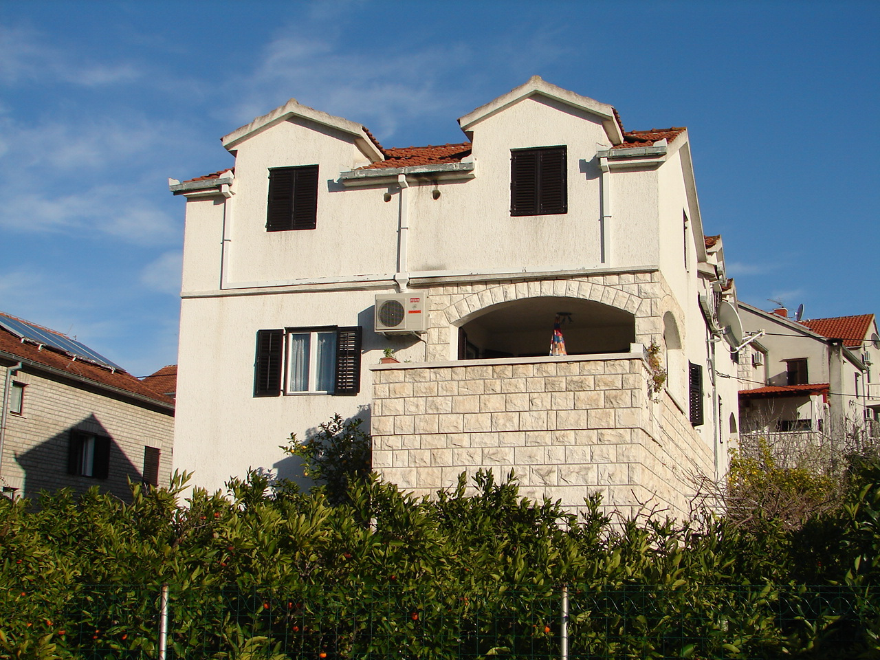 001SUTI  - Sutivan - Appartements Croatie