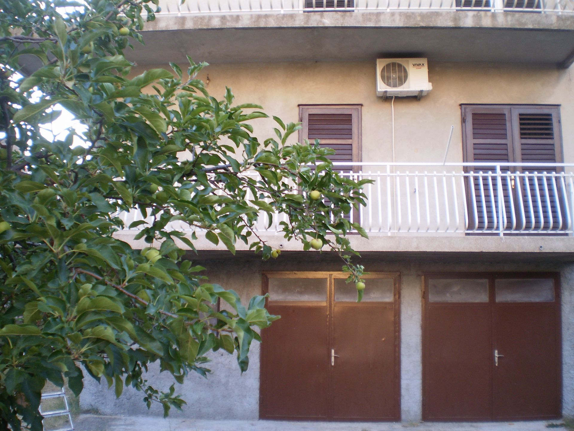 Velibor - Sibenik - Apartments Croatia