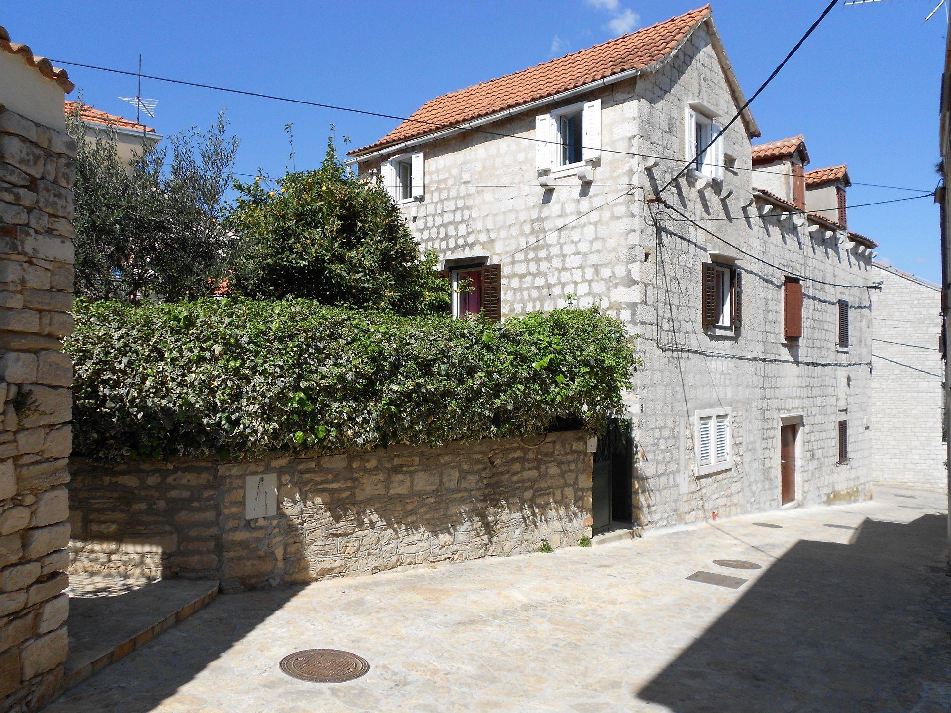 3393 - Supetar - Appartementen Kroatië
