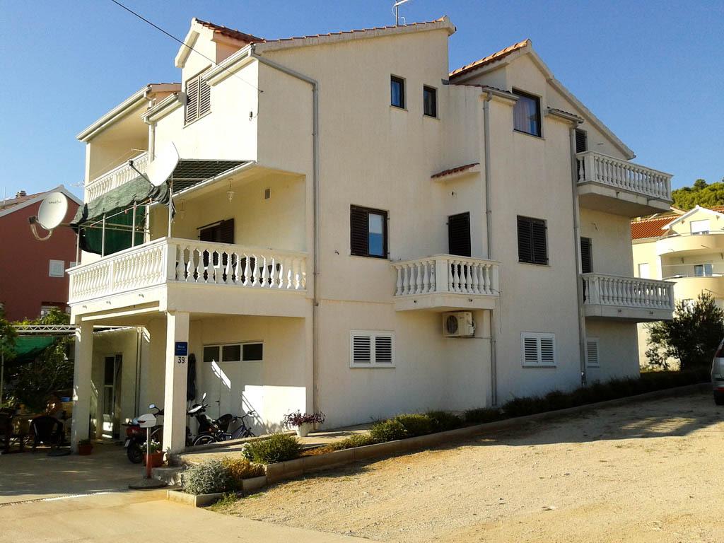 2061 - Tribunj - Appartements Croatie