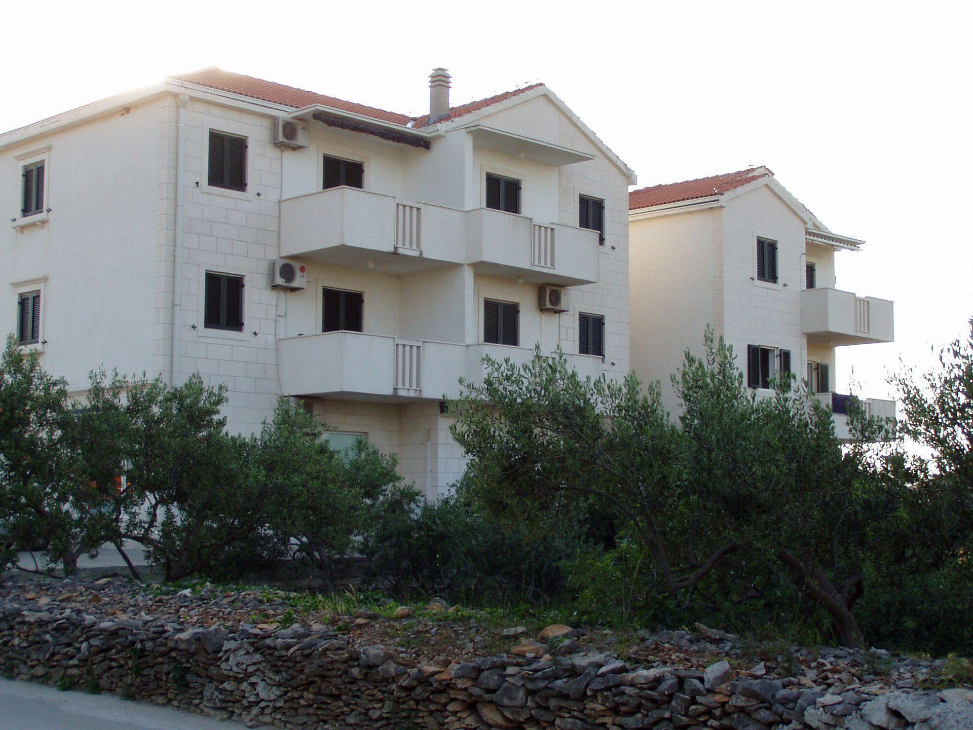 5615 - Supetar - Apartamenty Chorwacja