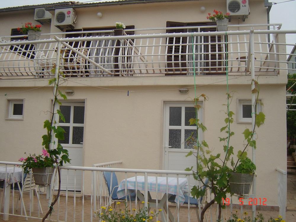 5644  - Supetar - Apartmanok Horvátország