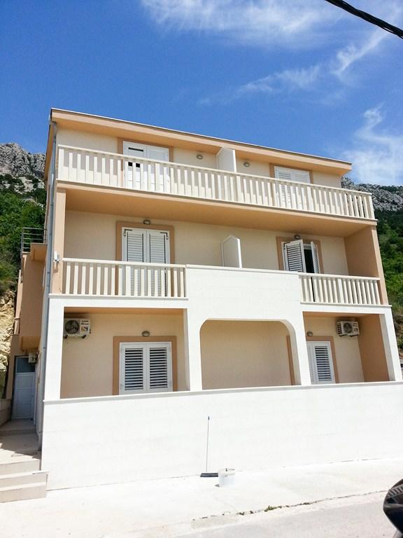 7867  - Brela - Appartementen Kroatië