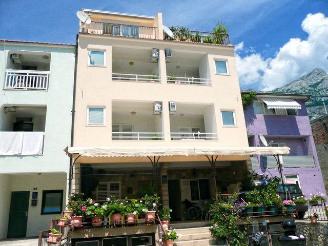 6059 - Makarska - Apartments Croatia