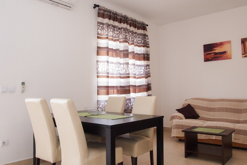 7275  - Makarska - Apartments Croatia