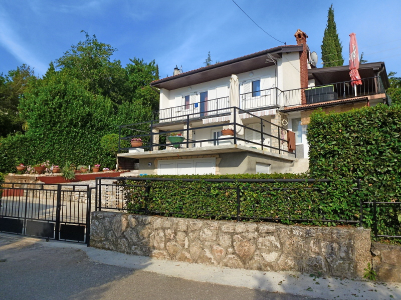 5293 - Njivice - Apartments Croatia