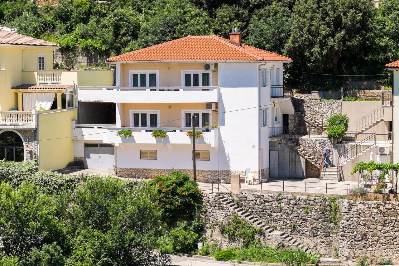 5380  - Vrbnik - Appartamenti Croazia