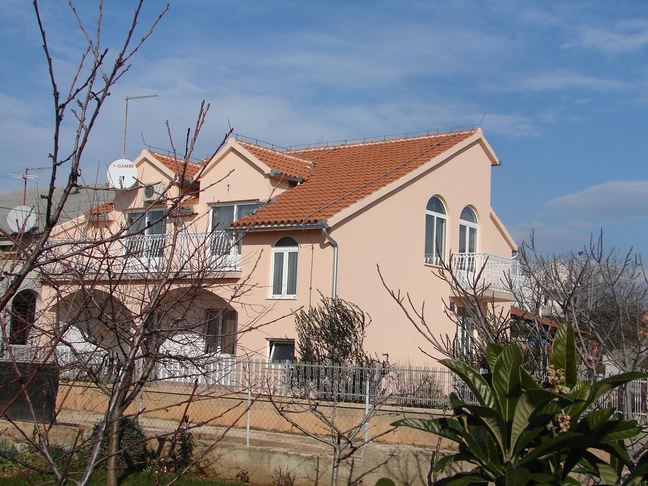 01206VODI - Vodice - Apartamenty Chorwacja