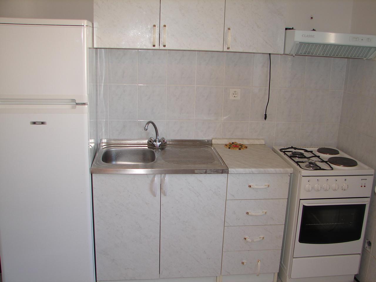 01606VODI - Vodice - Apartmanok Horvátország - A1(4+1): konyha