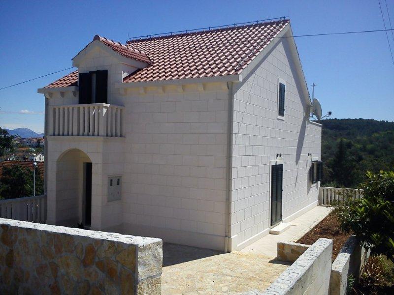 5464  - Sutivan - Maisons de repos, villas Croatie - maison
