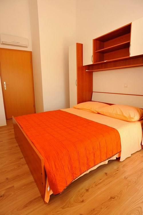5464  - Sutivan - Maisons de repos, villas Croatie - H(6+1): chambre à coucher