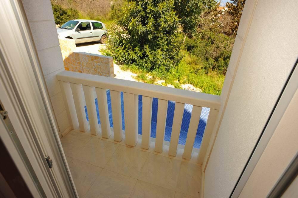 5464  - Sutivan - Maisons de repos, villas Croatie - H(6+1): balcon