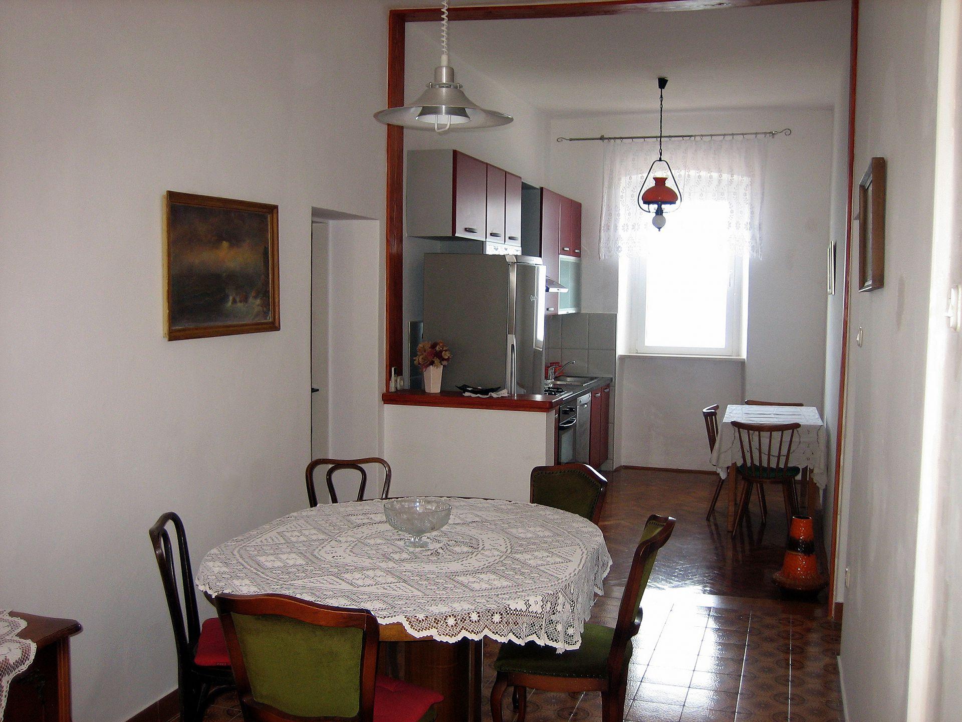 35278  - Sutivan - Appartements Croatie - A1(4+2): cuisine salle à manger