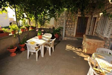 35278  - Sutivan - Appartements Croatie - A1(4+2): terrasse