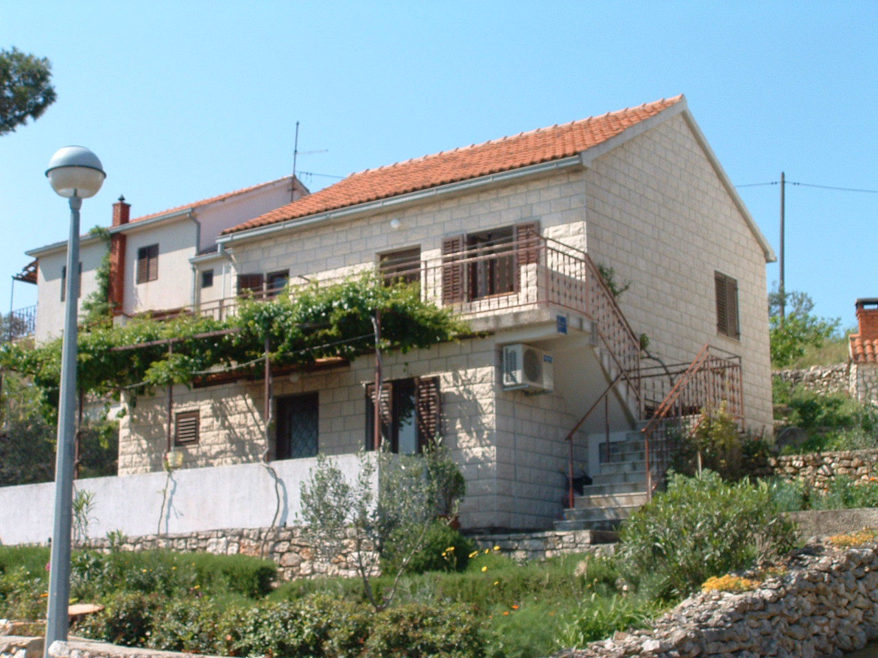 00501MILN - Milna (Brac) - Appartementen Kroatië