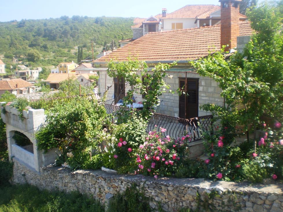 34958  - Splitska - Ferienwohnungen Kroatien