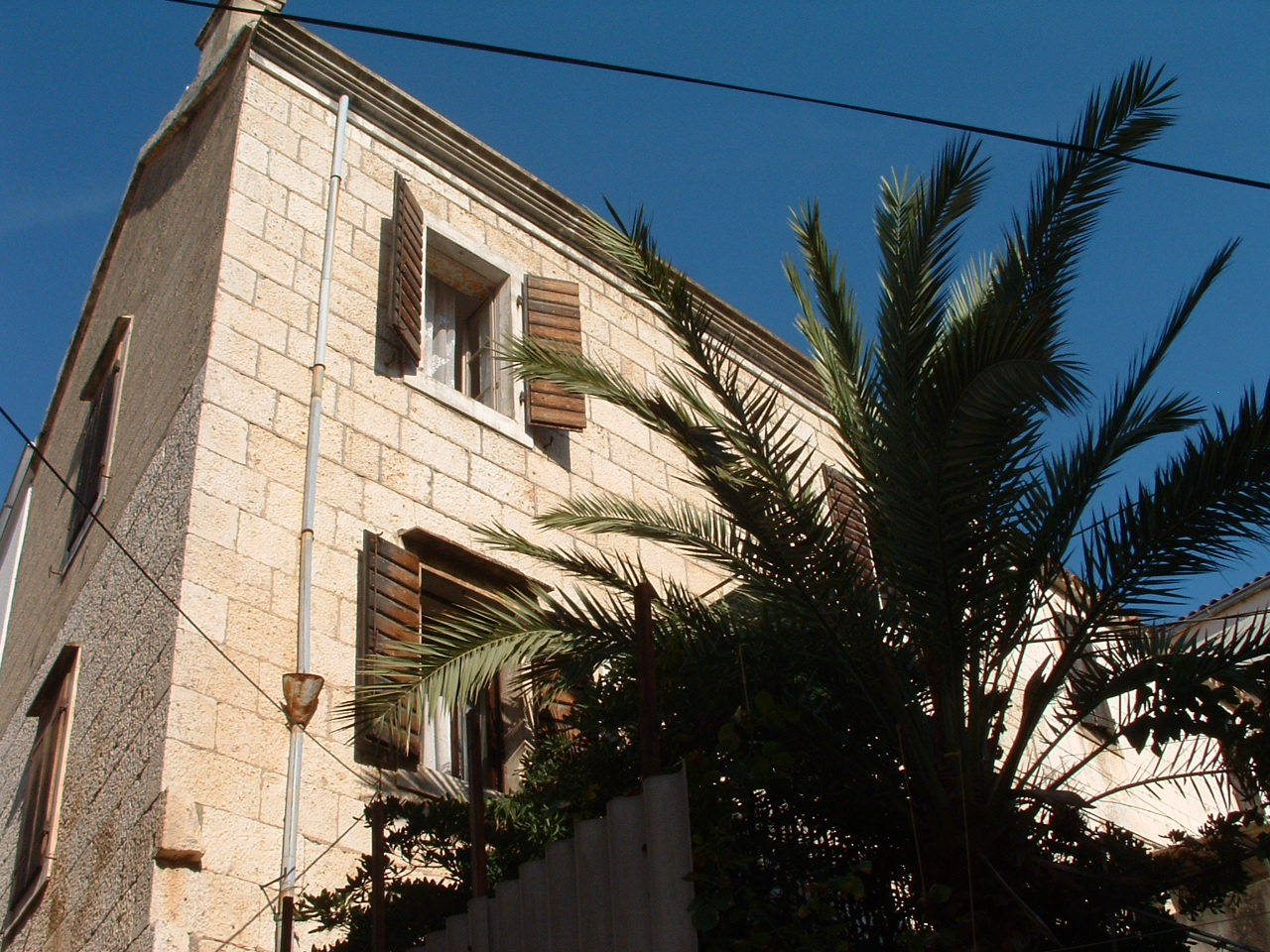 00704KOMI  - Komiza - Apartments Croatia