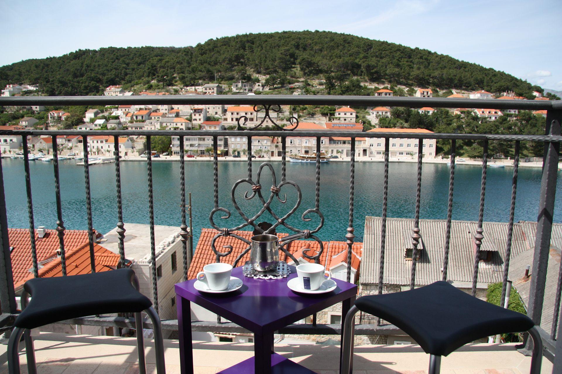 Branka - Pucisca - Appartementen Kroatië