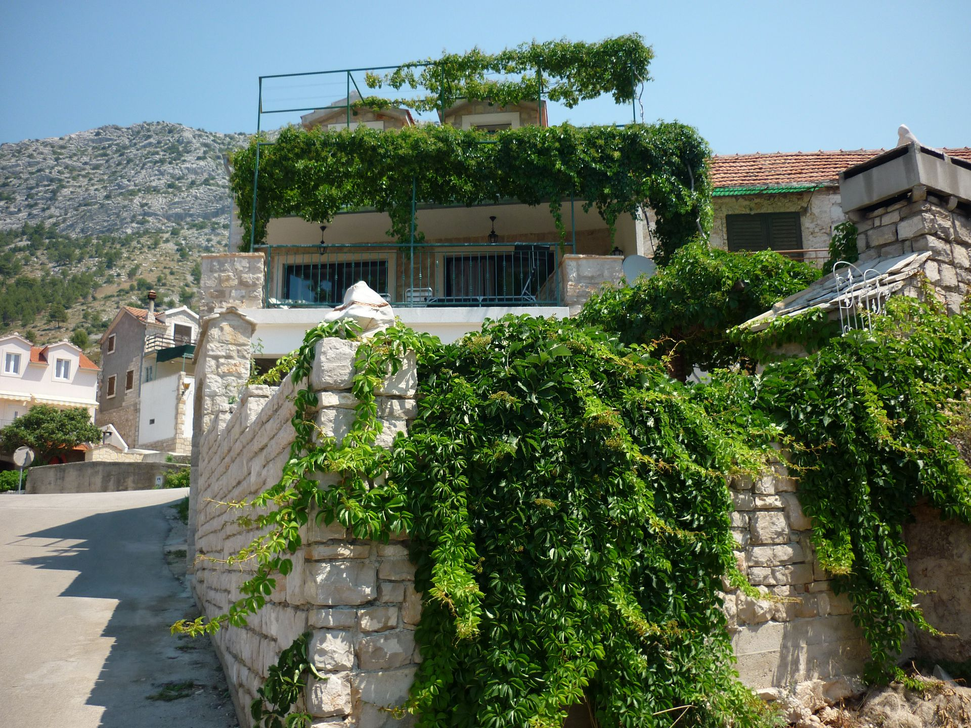 3777 - Ivan Dolac - Holiday houses, villas Croatia