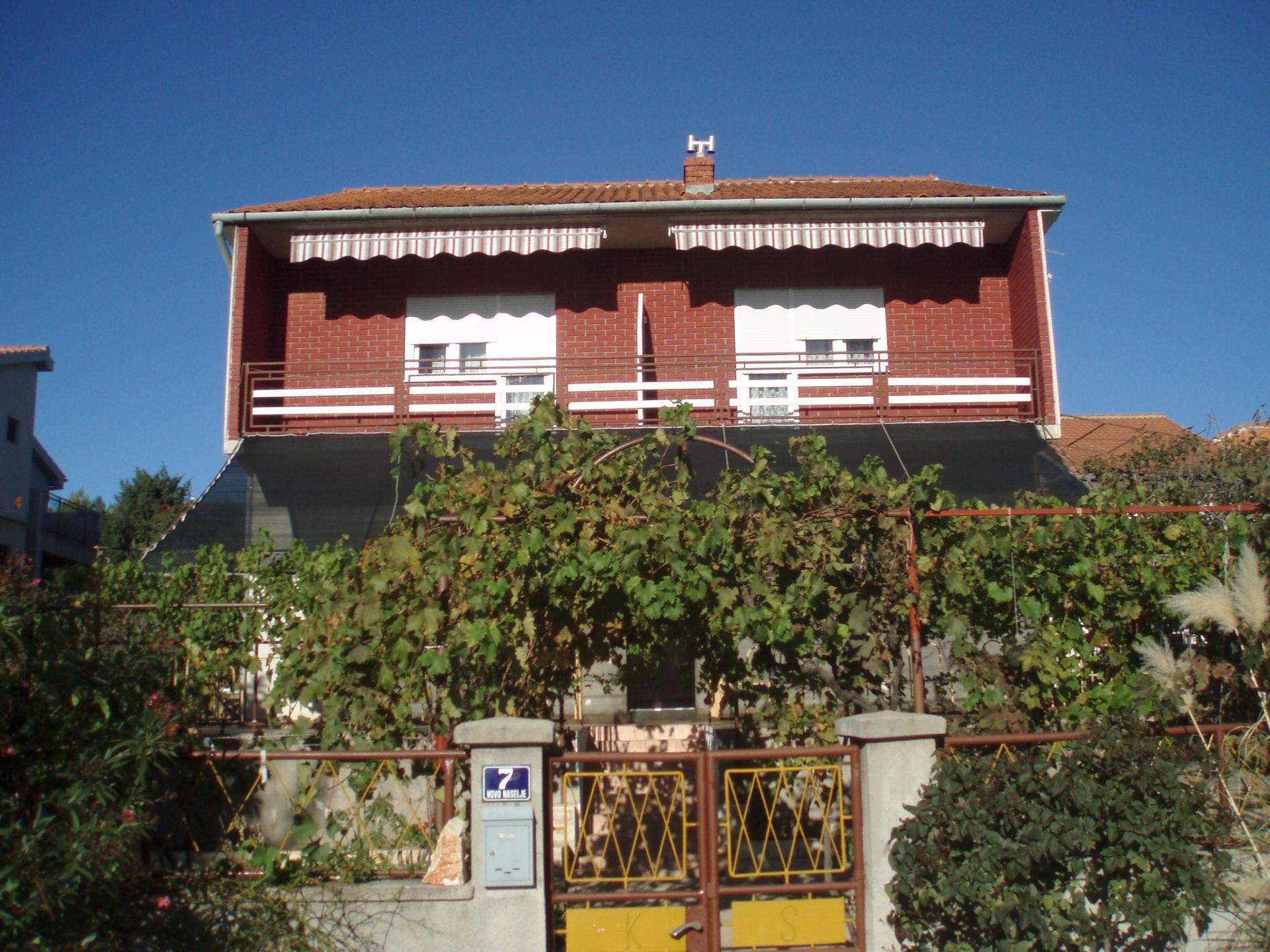 00710JEZE  - Jezera - Apartmány Chorvatsko