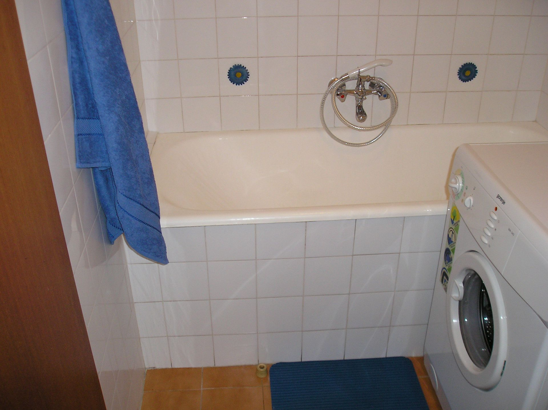5751 - Lovran - Apartments Croatia - A1(2+2): bathroom with toilet